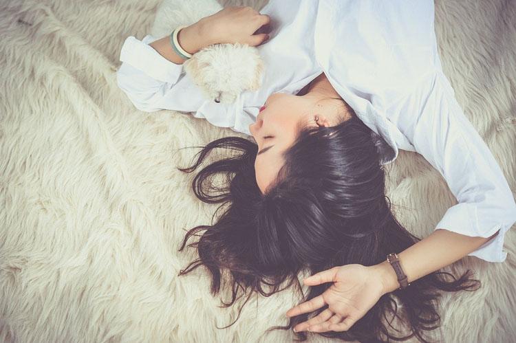 Utiliser l'hypnose pour traiter l'insomnie